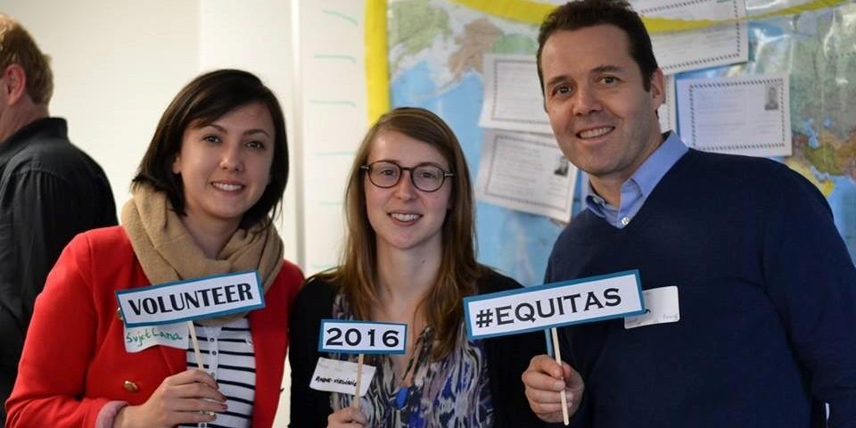 Soirée Retrouvailles 2016 – les bénévoles et stagiaires d'Equitas au cœur de notre action à Montréal!