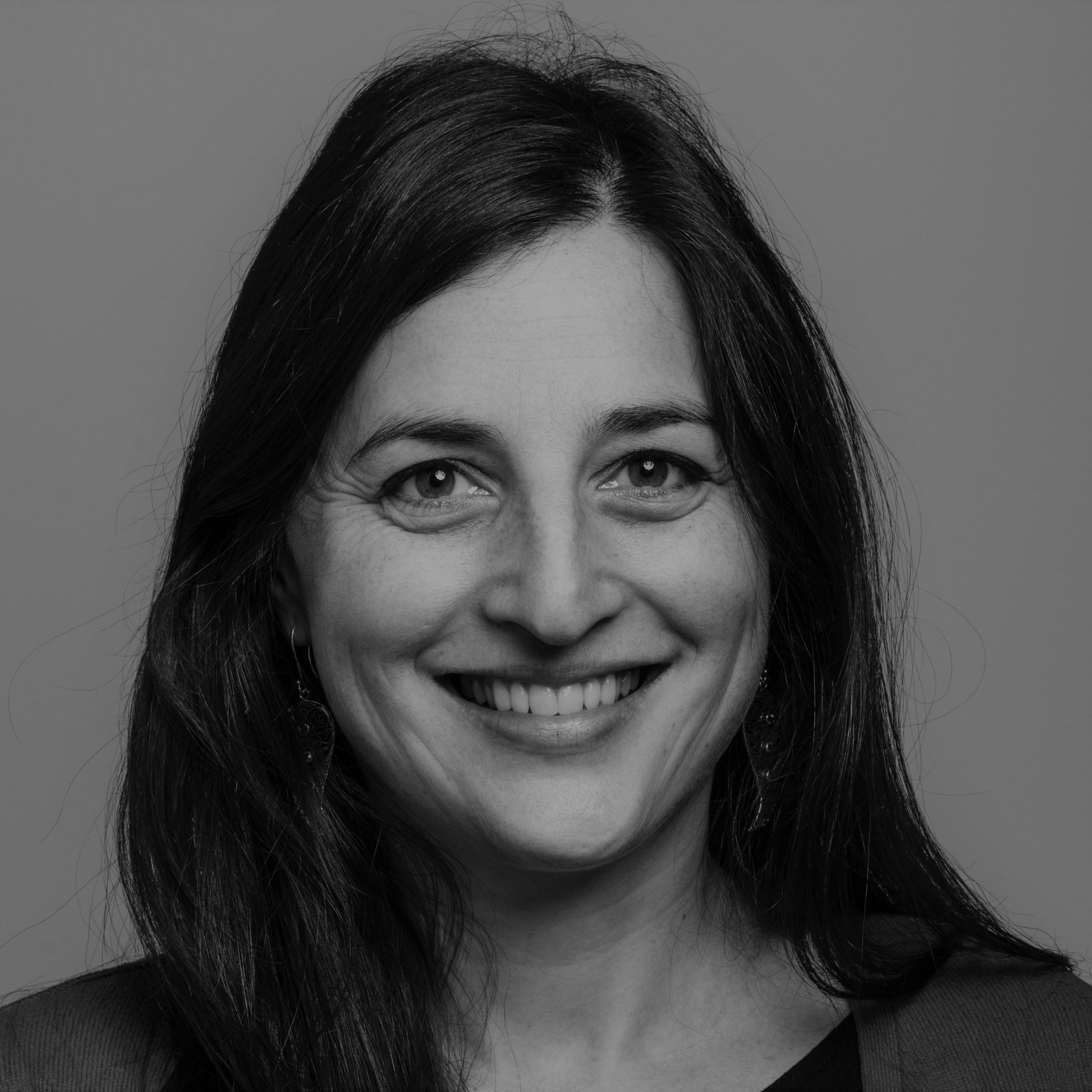 Sarah Lusthaus